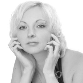 Amazing lady Elena, 35 yrs.old from Simferopol, Ukraine