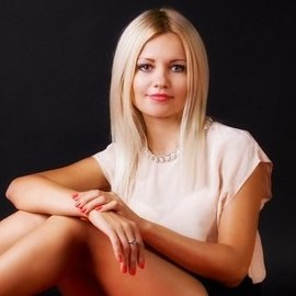 Gorgeous lady Lilianna, 43 yrs.old from Kiev, Ukraine