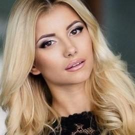 Gorgeous lady Alina, 24 yrs.old from Kiev, Ukraine