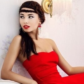 Charming bride Julia, 32 yrs.old from Kiev, Ukraine