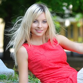 Gorgeous mail order bride Aleksandra, 28 yrs.old from Poltava, Ukraine