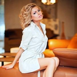 Pretty girlfriend Elena, 31 yrs.old from Kharkov, Ukraine