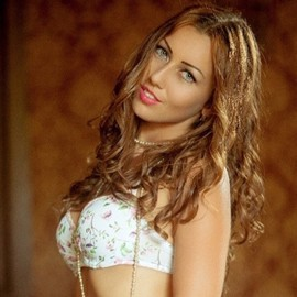 Amazing bride Olesia, 26 yrs.old from Kirovograd, Ukraine