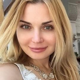 Charming wife Yuliya, 38 yrs.old from Krivoy Rog, Ukraine