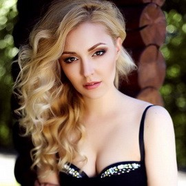 Gorgeous mail order bride Anna, 27 yrs.old from Kiev, Ukraine