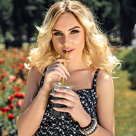 Hot bride Anastasia, 23 yrs.old from Kishinev, Moldova