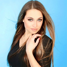 Amazing bride Yelena, 32 yrs.old from Sumy, Ukraine