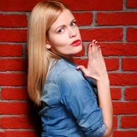 Beautiful mail order bride Oksana, 31 yrs.old from Kiev, Ukraine