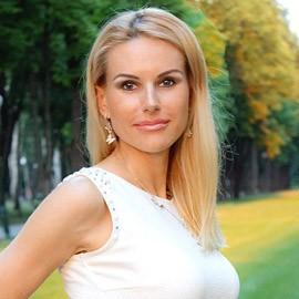 Pretty lady Yuliya, 37 yrs.old from Kharkov, Ukraine