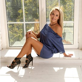 Hot mail order bride Lyubov, 38 yrs.old from Kiev, Ukraine