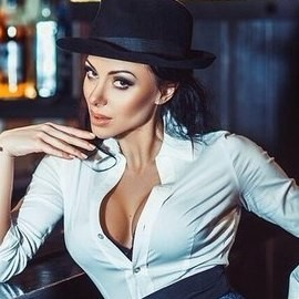 Single miss Elena, 35 yrs.old from St. Petersburg, Russia