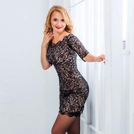 Gorgeous lady Oksana, 36 yrs.old from Nikolaev, Ukraine