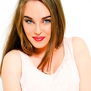 Charming mail order bride Kseniya, 19 yrs.old from Kiev, Ukraine