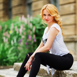 Gorgeous bride Elena, 36 yrs.old from Nikolaev, Ukraine