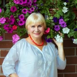 Pretty girl Eugenia, 72 yrs.old from Kiev, Ukraine