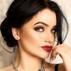 Amazing bride Lyudmila, 23 yrs.old from Kiev, Ukraine