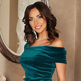 Gorgeous bride Aliona, 30 yrs.old from Boryspil, Ukraine