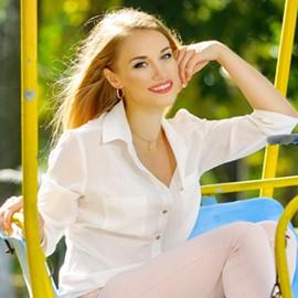 Hot woman Yaroslava, 26 yrs.old from Paltava, Ukraine
