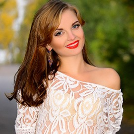 Single wife Ludmila, 23 yrs.old from Berdyansk, Ukraine