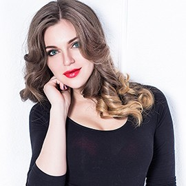 Single lady Oksava, 28 yrs.old from Sumy, Ukraine