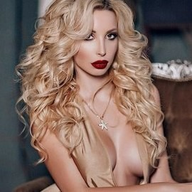 Nice woman Nina, 25 yrs.old from St. Peterburg, Russia