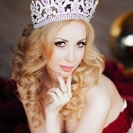Hot girlfriend Nina, 24 yrs.old from St. Peterburg, Russia