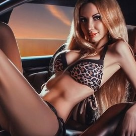 Hot pen pal Nina, 25 yrs.old from St. Peterburg, Russia