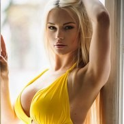 Charming mail order bride Lina, 33 yrs.old from Kiev, Ukraine