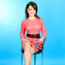 Amazing bride Yelena, 24 yrs.old from Sumy, Ukraine