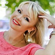 Gorgeous mail order bride Yuliia, 40 yrs.old from Poltava, Ukraine