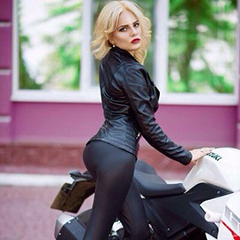 Single lady Yulia, 21 yrs.old from Odessa, Ukraine