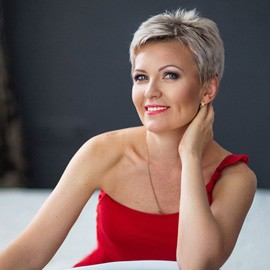 Pretty wife Elena, 48 yrs.old from Nikolaev, Ukraine