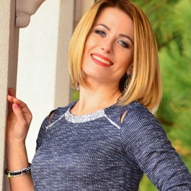 Gorgeous woman Anna, 36 yrs.old from Berdyansk, Ukraine