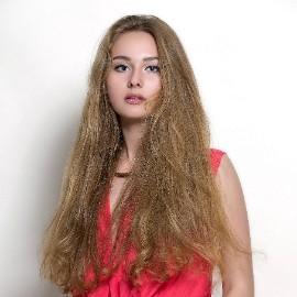 Charming woman Nadezhda, 20 yrs.old from Odessa, Ukraine