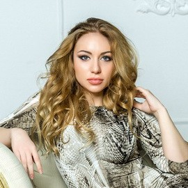 Single girl Viktoria, 25 yrs.old from Odessa, Ukraine