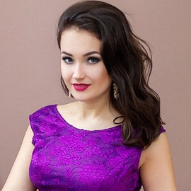 Pretty bride Larysa, 22 yrs.old from Berdyansk, Ukraine