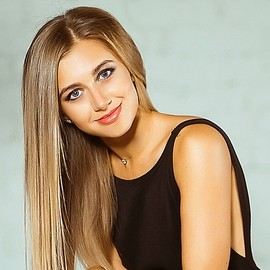 Pretty wife Alexandra, 26 yrs.old from Kiev, Ukraine