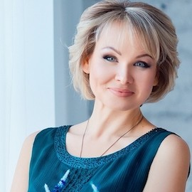 Gorgeous pen pal Eva, 43 yrs.old from Zaporozhye, Ukraine