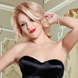 Sexy bride Alina, 28 yrs.old from Kiev, Ukraine