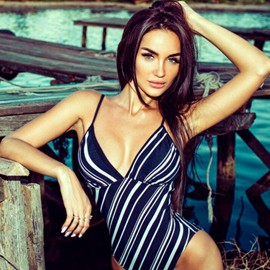 Single girlfriend Alina, 26 yrs.old from Mariupol, Ukraine