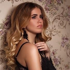 Sexy mail order bride Viktoria, 22 yrs.old from Kharkov, Ukraine