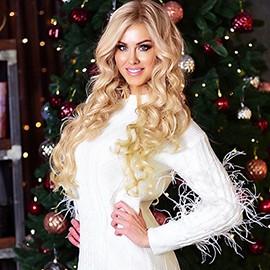 Hot lady Oksana, 36 yrs.old from Kiev, Ukraine