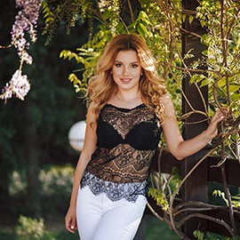 Beautiful mail order bride Arina, 25 yrs.old from Sevastopol, Russia