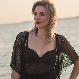 Sexy lady Anastasiya, 38 yrs.old from Kiev, Ukraine