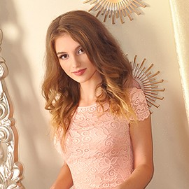 Gorgeous mail order bride Lorina, 21 yrs.old from Kharkov, Ukraine