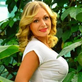 Gorgeous girl Yuliya, 40 yrs.old from Berdyansk, Ukraine