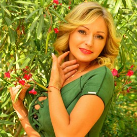 Beautiful girl Yuliya, 40 yrs.old from Berdyansk, Ukraine