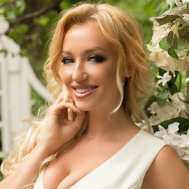 Nice girlfriend Juliya, 31 yrs.old from Kiev, Ukraine