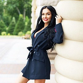 Charming bride Alina, 23 yrs.old from Kiev, Ukraine