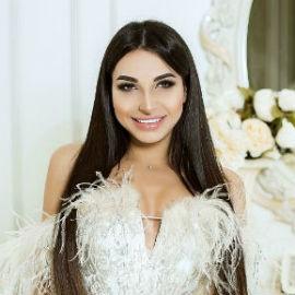 Gorgeous bride Anna, 24 yrs.old from Kyiv, Ukraine
